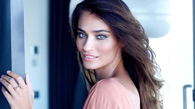 Top 10 Beautiful Turkish Women