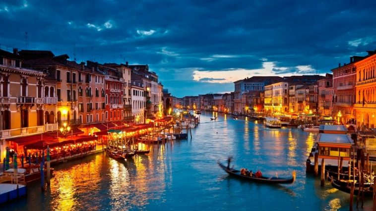 Venice-Italy.jpg