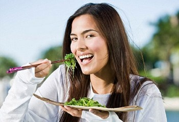 Spinach is beneficial for skin